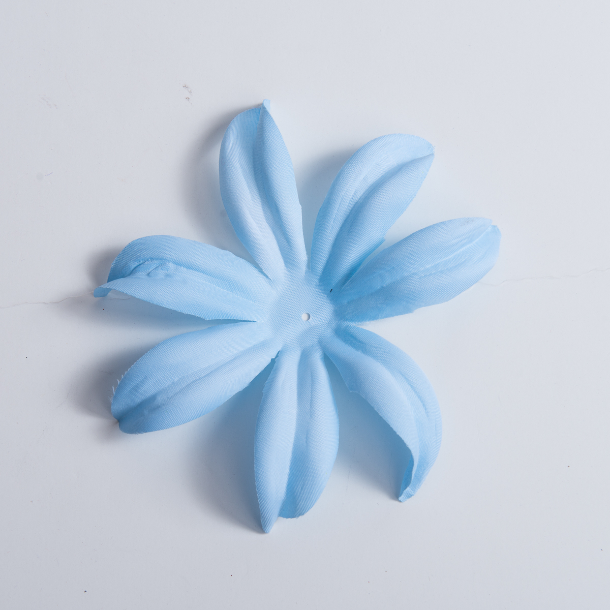 Ice blue satin lily flower petals 5pc 802013 05 23 sun yorkos zoria ice blue satin lily flower petals 5pc izmirmasajfo